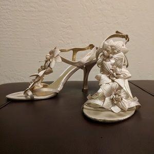 Unlisted Flower Detail High Heels